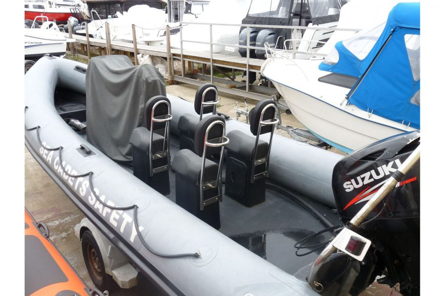 Humber Destroyer 7m RIB - jockey seats