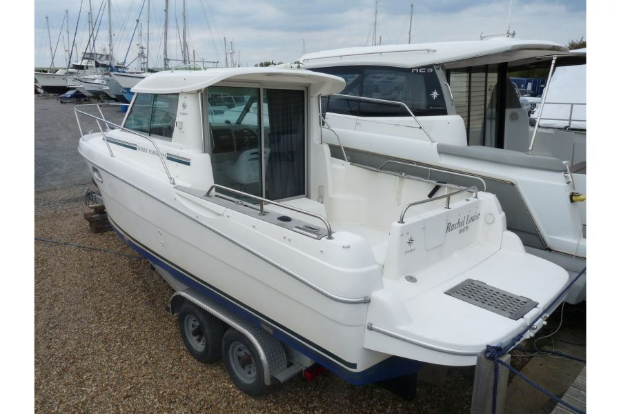 Jeanneau Merry Fisher 695 diesel - port side stern