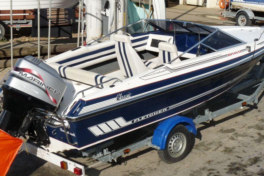 Fletcher Arrowhawk Classic Bravo 181 sportsboat