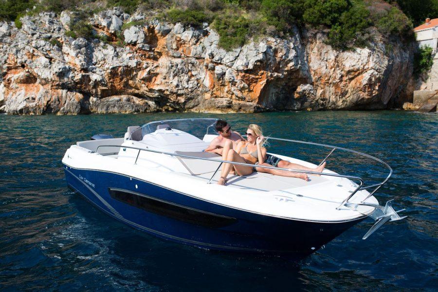 Jeanneau Cap Camarat 7.5 WA - Series 2 - bow sun lounger