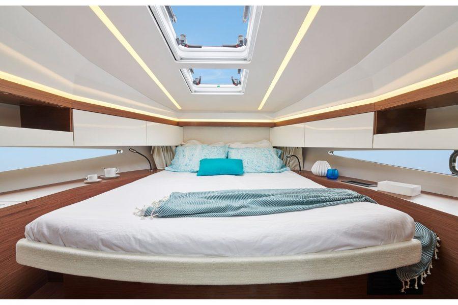 Jeanneau NC 37 - forward cabin