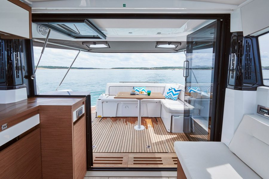 Jeanneau NC 37 - view from wheelhouse to stern