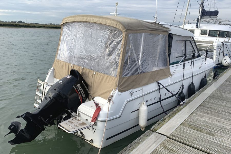 Jeanneau Merry Fisher 645 - with aft canopy