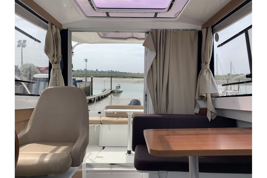 Jeanneau Merry Fisher 645 - view from cabin towards aft