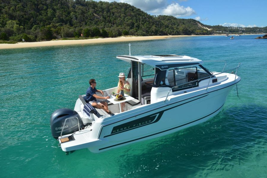 Jeanneau Merry Fisher 695 - beautiful days out on the water