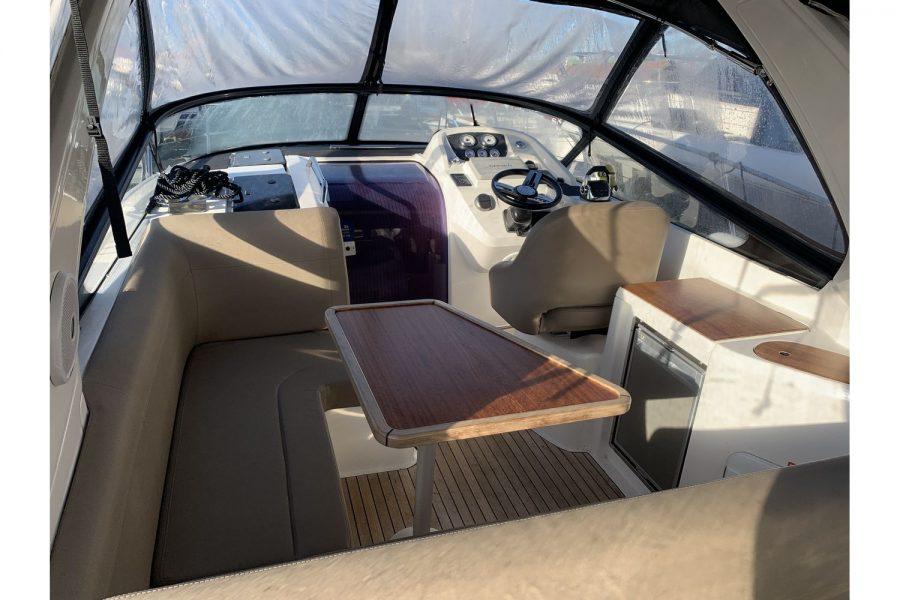 Bavaria 29 Sport - cockpit saloon