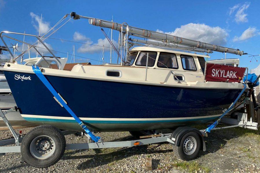 Haber 620 yacht