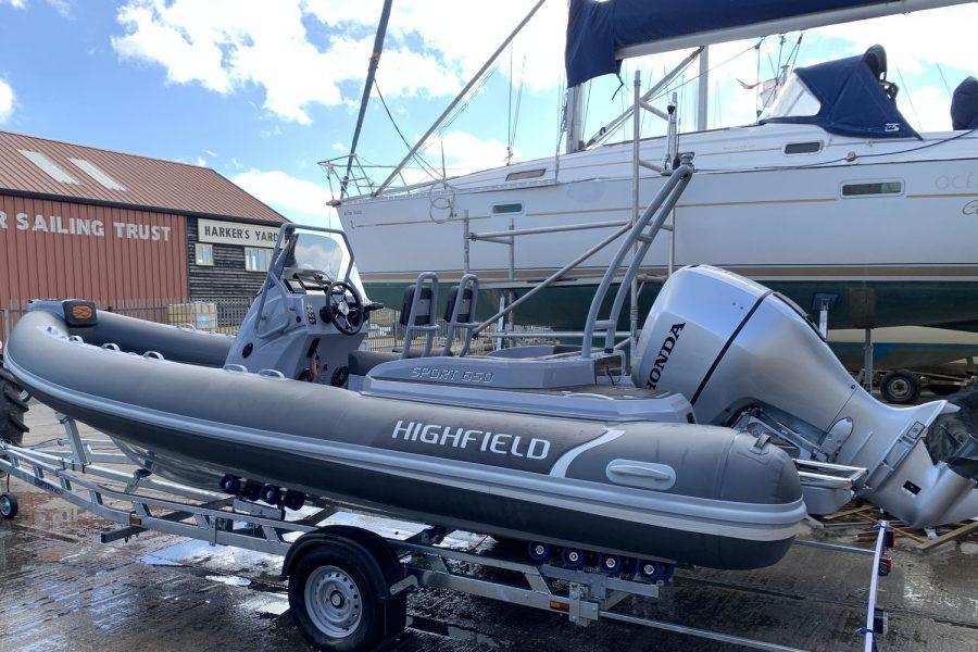 Highfield-SP-650-trailer-2