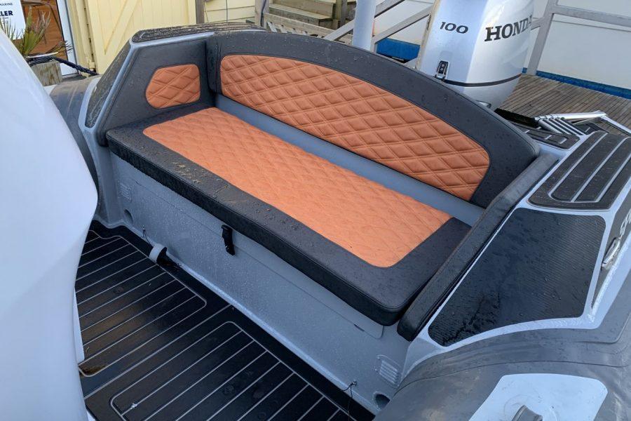 Highfield SP 560 aluminium RIB - aft bench seat