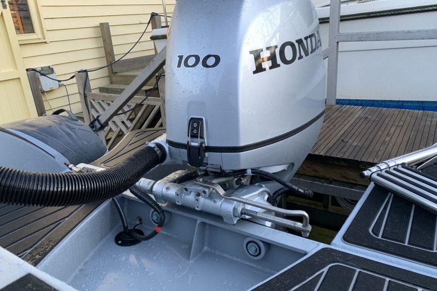 Highfield SP 560 aluminium RIB - Honda BF 100 outboard