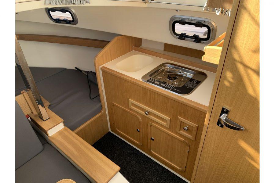 Haber 620 yacht - galley