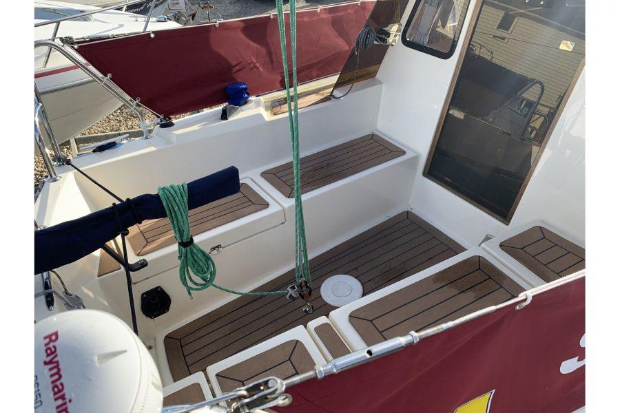 Haber 620 yacht - cockpit area