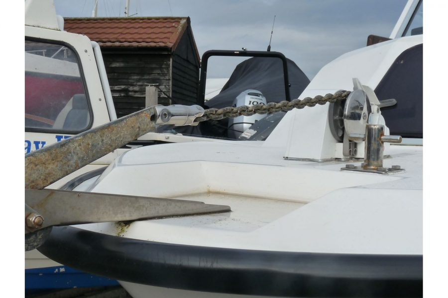 Blackwater Motor Yachts Kingfisher 18 - port side