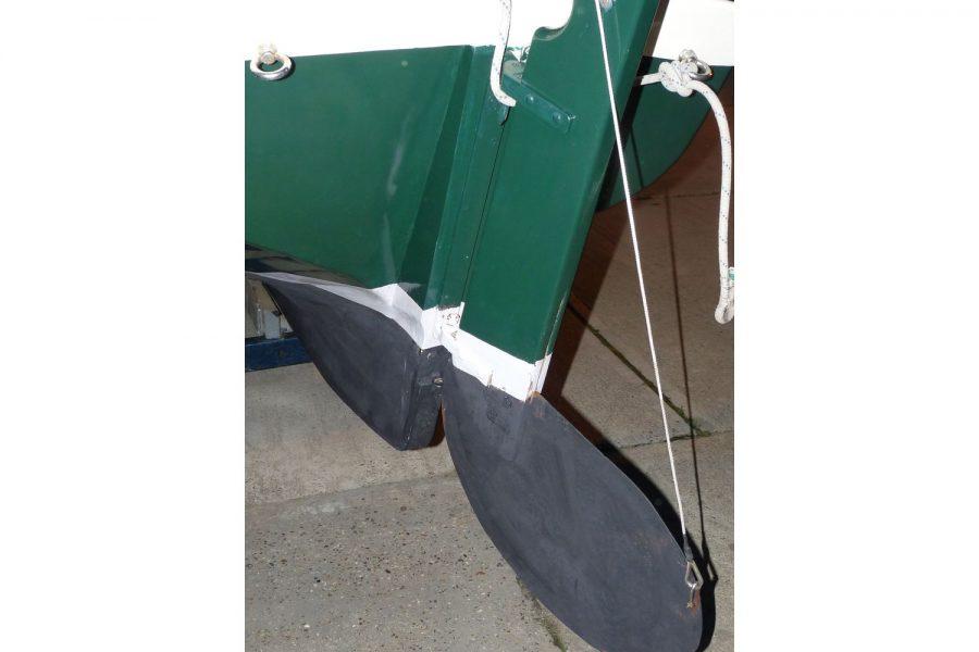 Character 18 coastal sailing yacht - rudder