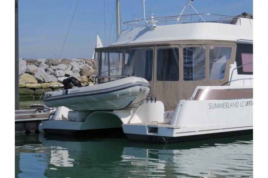 Highfield-CL-290-on-boat