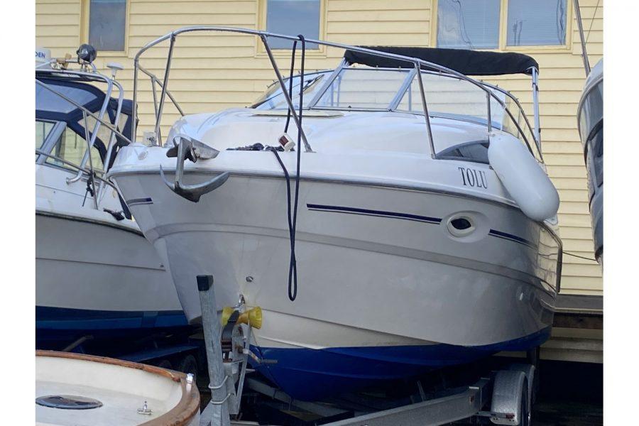 Bayliner-2655-front