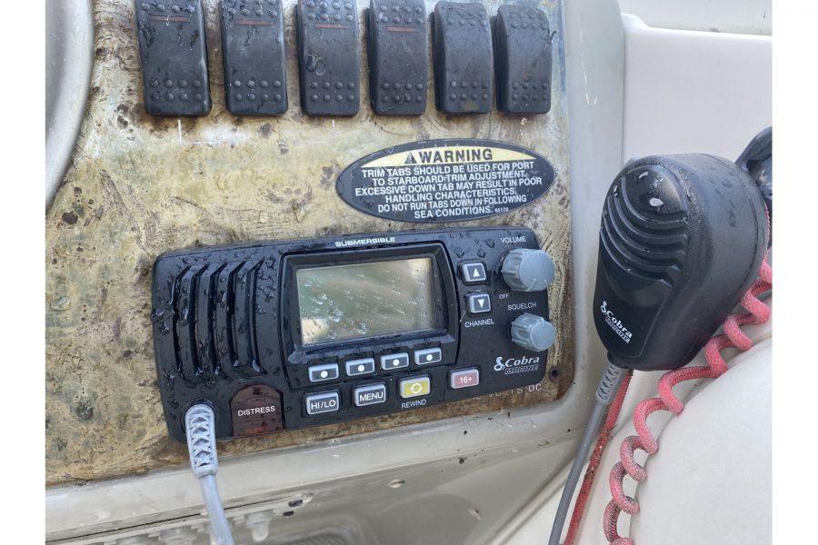 Bayliner-2655-radio