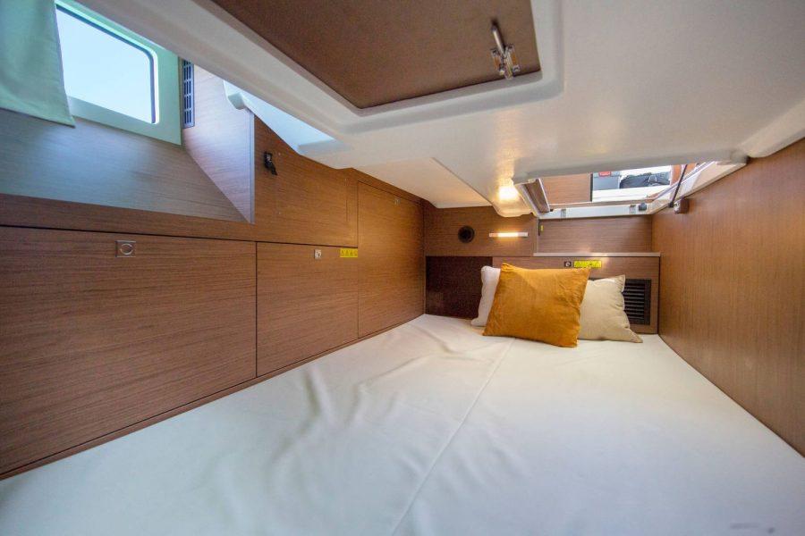 Jeanneau NC 37 - berth in 2nd cabin