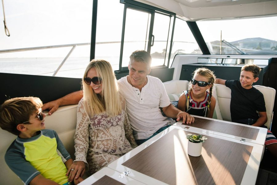 Jeanneau NC 37 - seating for all the family