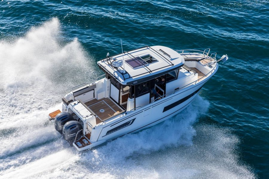 Merry-fisher-895-marlin-top-view