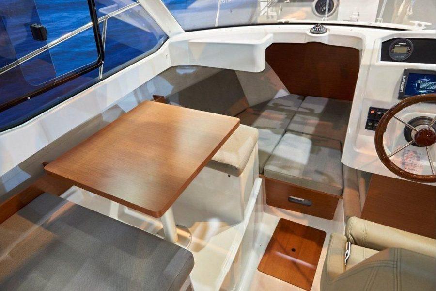 Jeanneau Merry Fisher 605 - Series 2 - wheelhouse and cabin