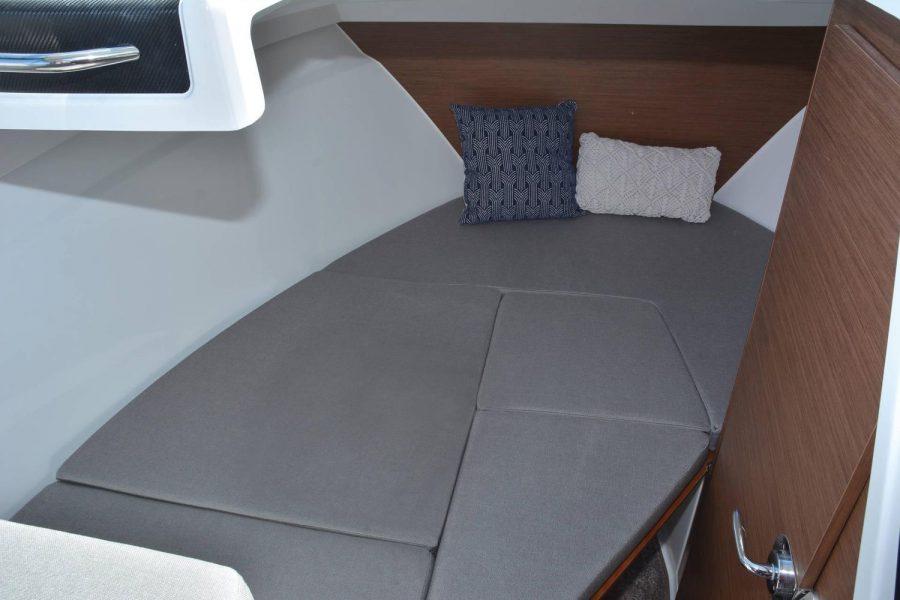 Jeanneau Merry Fisher 695 - Series 2 - forward cabin