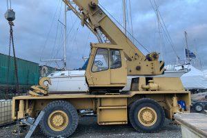 Coles Hydra Husky 25-28 Rough Terrain Crane