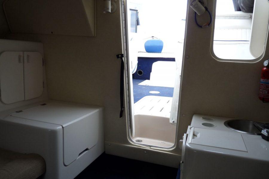Monterey 235 Cuddy-galley