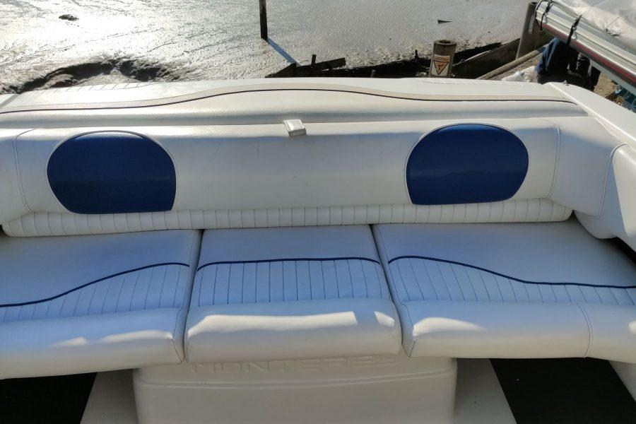Monterey 235 cuddy-2bench-seat