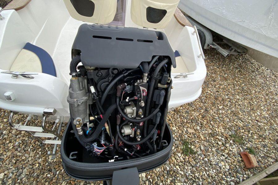 Avilla 250-uncover-engine