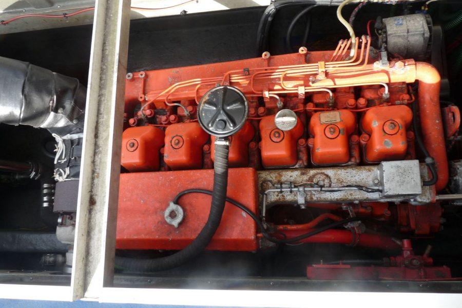 Corvette Bullet 36 diesel fishing boat - Scania D19 inboard diesel engine