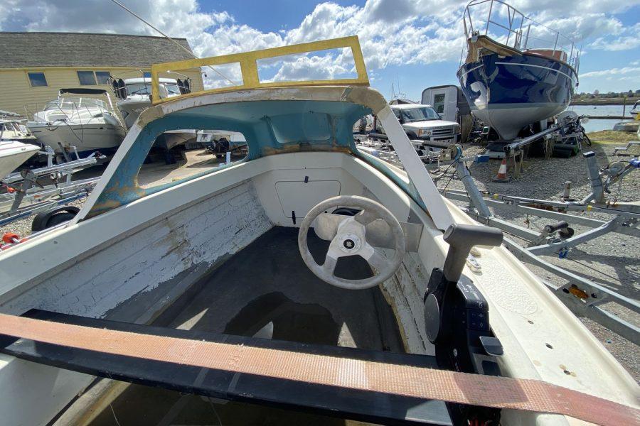 Fisherman17-wheelhouse