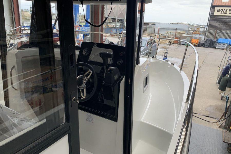 Merry-Fisher-795-marlin-side-door