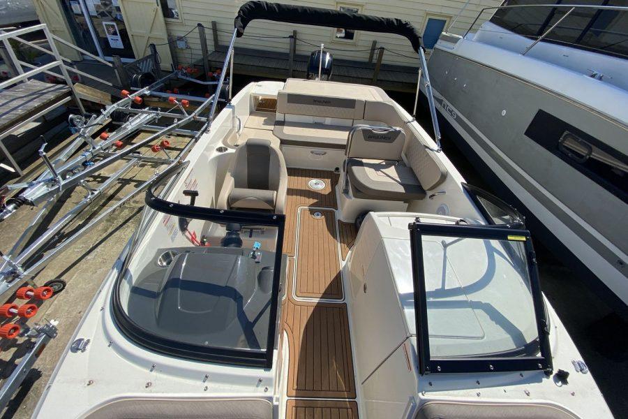 Bayliner VR6 Bowrider -deck