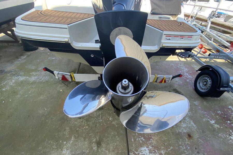 Bayliner VR6 Bowrider -paller