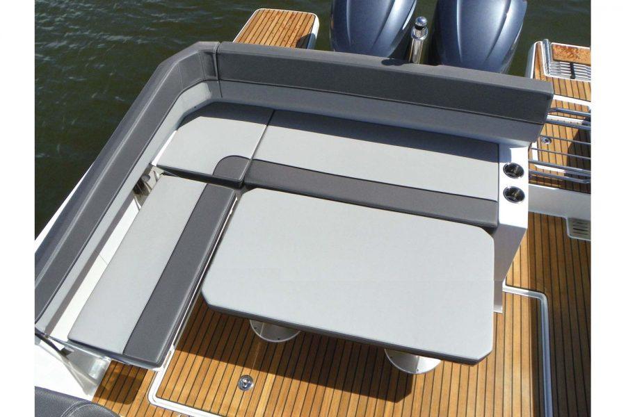Jeanneau Cap Camarat 9.0 WA (sports boat / cruiser) - cockpit saloon converts to sun lounger