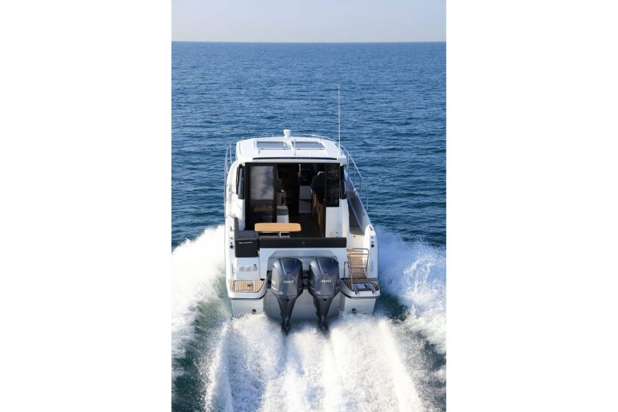 Jeanneau Merry Fisher 1095 wheelhouse fishing boat - overhead view from aft