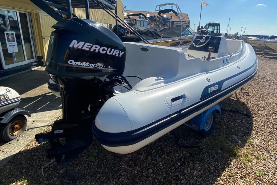AB Inflatables - Nautilus 15 DLX RIB - with Mercury 75hp outboard