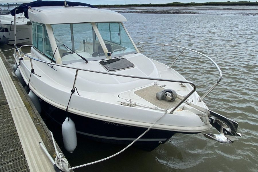 Merry-Fisher-625 -front