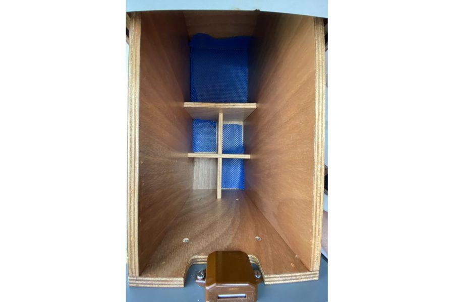Jeanneau-Merry-Fisher-695-Fish-On-wine-storage