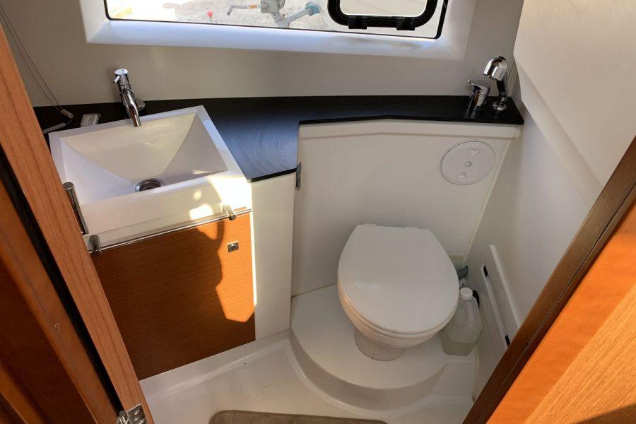 NC-9-toilet