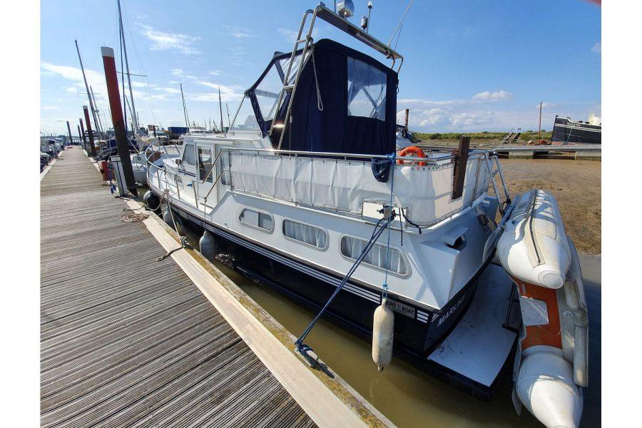 Pedro 36 - Steel Hull Diesel Cruiser - aft and port side