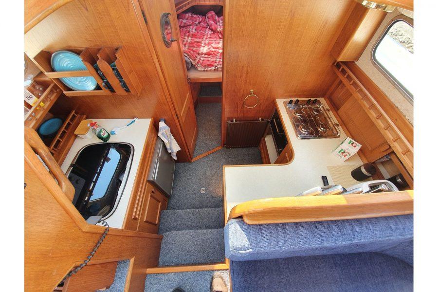Pedro 36 - Steel Hull Diesel Cruiser - galley