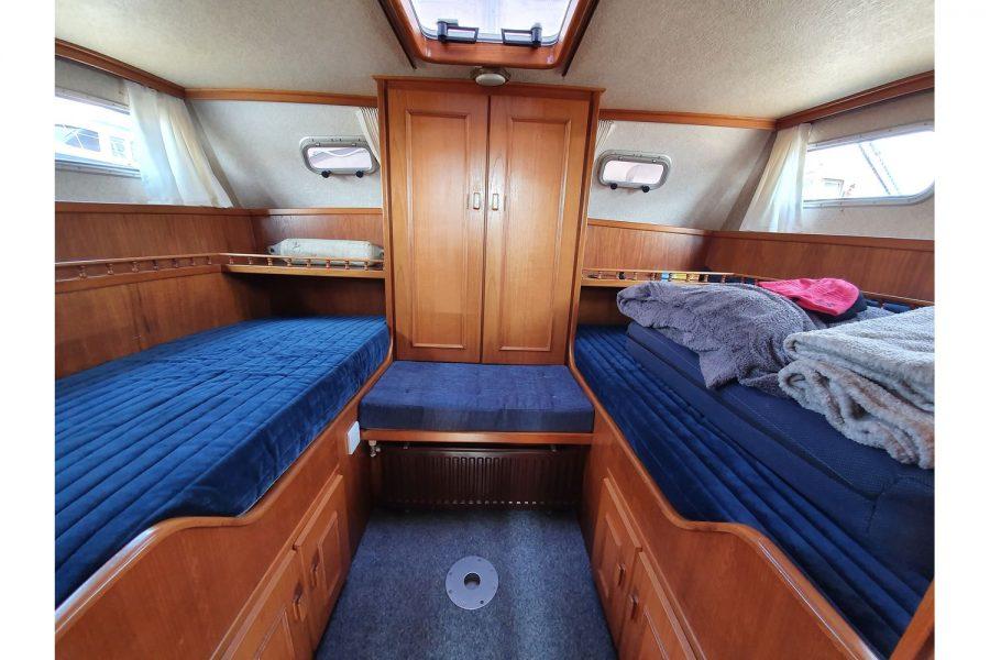 Pedro 36 - Steel Hull Diesel Cruiser - aft cabin