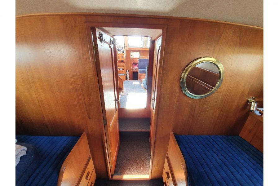 Pedro 36 - Steel Hull Diesel Cruiser - aft cabin towards saloon