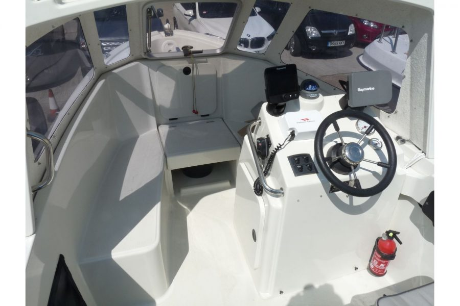 Orkney 522 fishing boat - helm position and cuddy