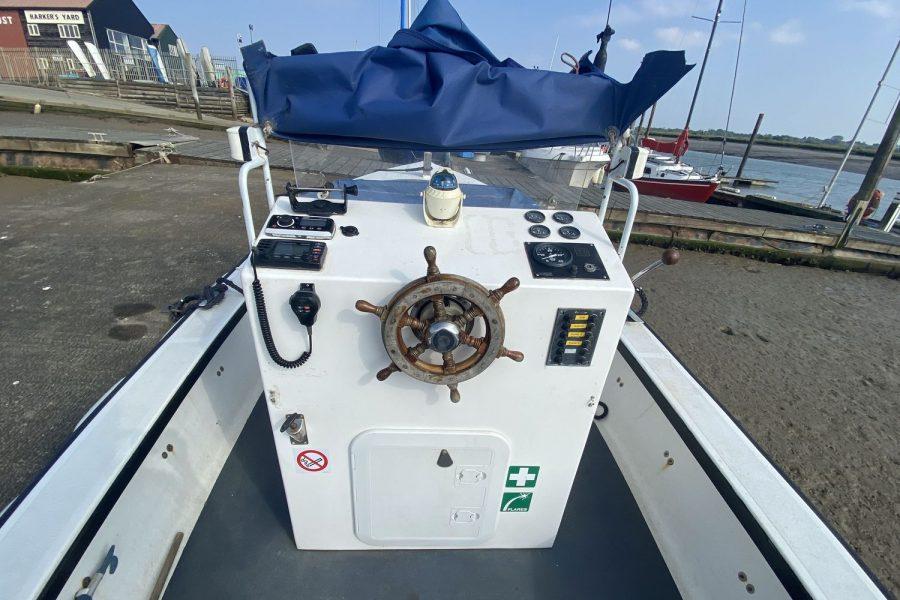 Plymouth-pilot-wheelhouse