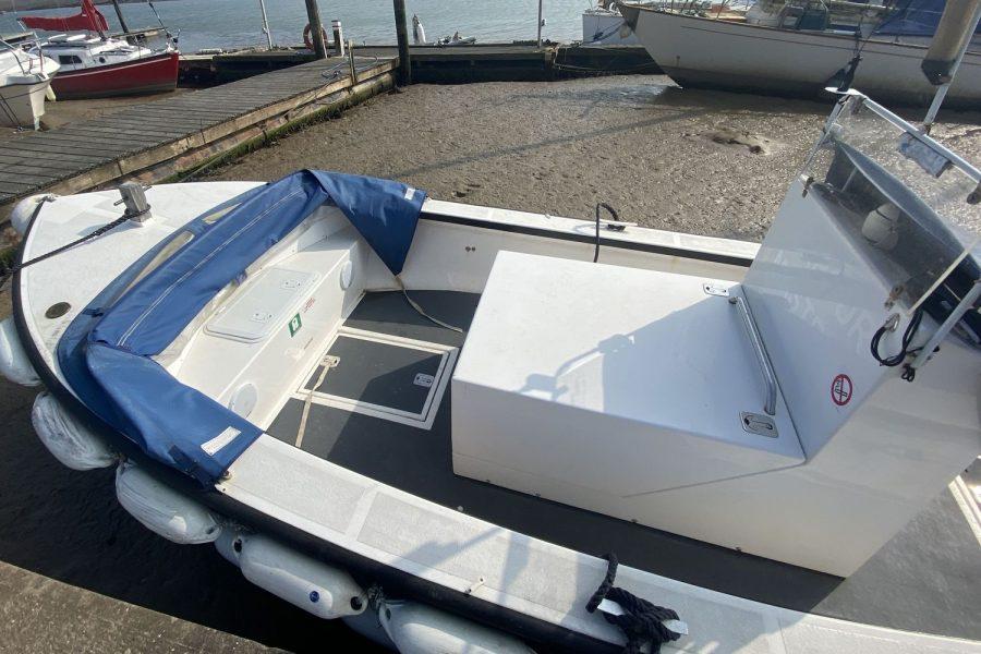 Plymouth-pilot-deck