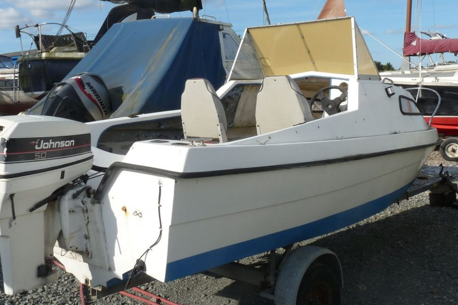 CJR Fast Fisherman - with Johnson 50hp outboard