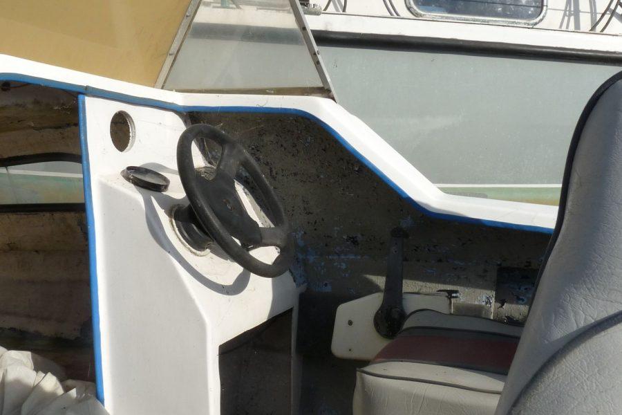 CJR Fast Fisherman - helm position